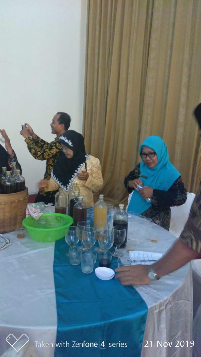 Dua Guru MTs N 5 Bungo Ikuti Workshop Obat Tradisional dan Pemanfaatan TOGA